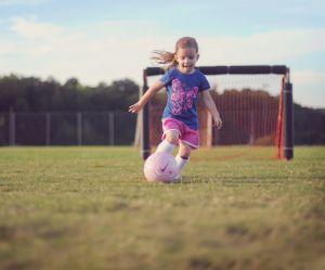Pourquoi les filles devraient toutes se mettre au foot