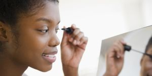 Ce mascara est la nouvelle star de Pinterest (et il ne coûte pas un bras)
