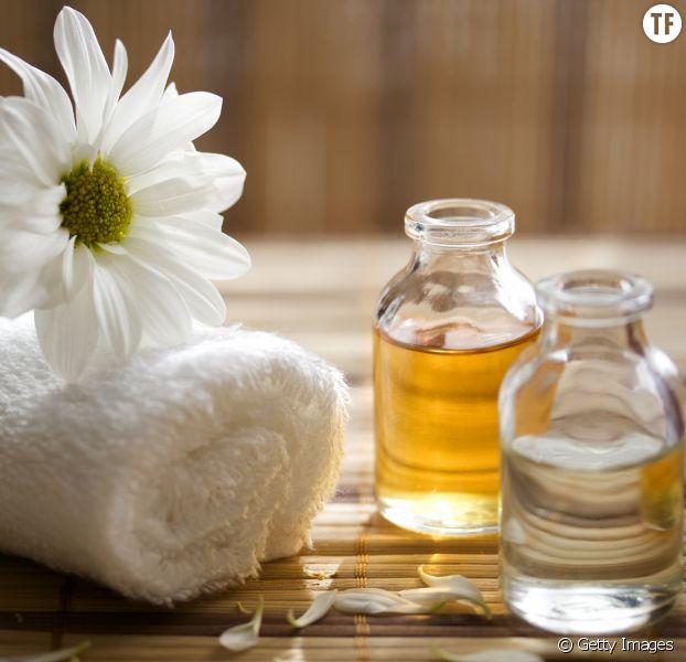 Un cocktail d'huiles essentielles pour mettre K.O. la cellulite