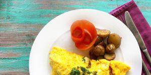 Cette astuce étonnante va vous permettre de réaliser l'omelette parfaite