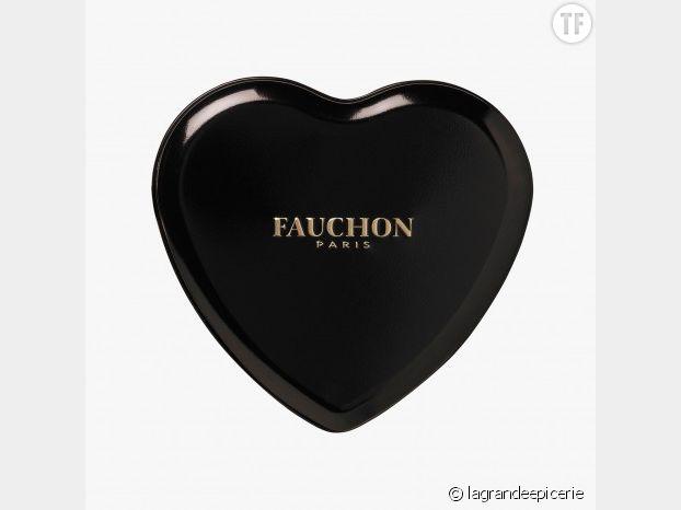 7 petits coeurs au chocolat noir à la crêpe dentelle de chez Fauchon