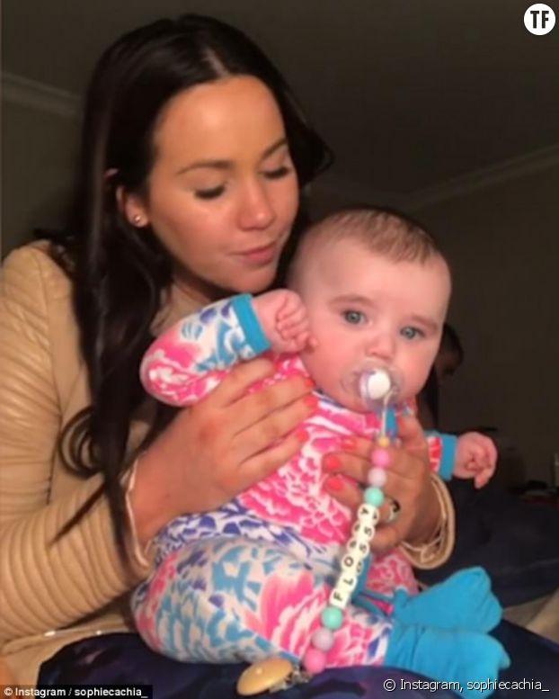 Cette maman dévoile une nouvelle méthode pour faire faire le rot à son bébé