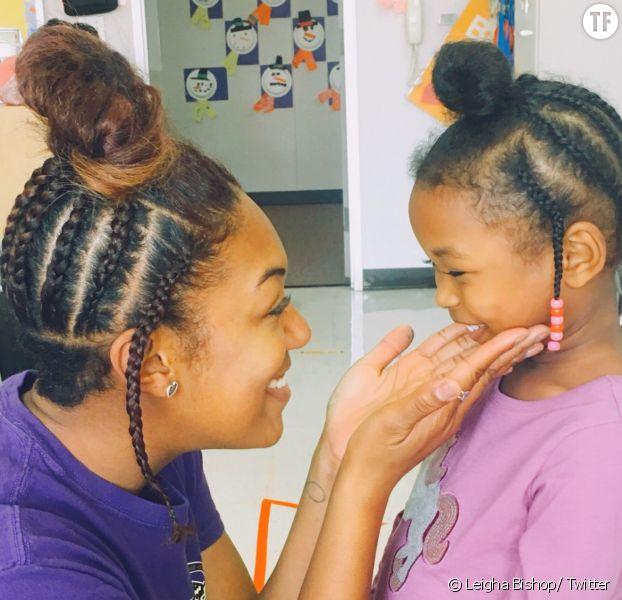 Cette institutrice texane s'est coiffée comme sa petite élève pour l'encourager à s'aimer