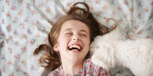 5 façons scientifiquement prouvées d'élever des enfants heureux
