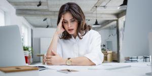 Que faire si j'ai envie de pleurer quand je suis au bureau ?
