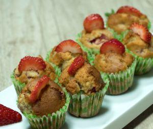 La recette simplissime des muffins à la banane et à la fraise