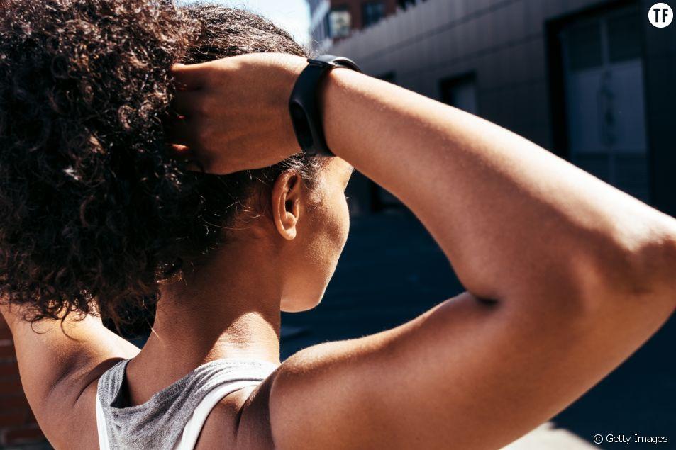 Mincir des bras   4 minutes efficaces pour tonifier ses bras (vidéo ... 57974ccb2fc