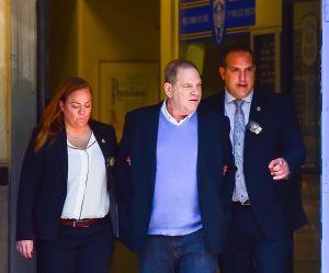 Cette photo d'Harvey Weinstein menotté fait le buzz pour une excellente raison