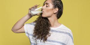 Faut-il boire du lait de cafard ? Il semblerait que oui