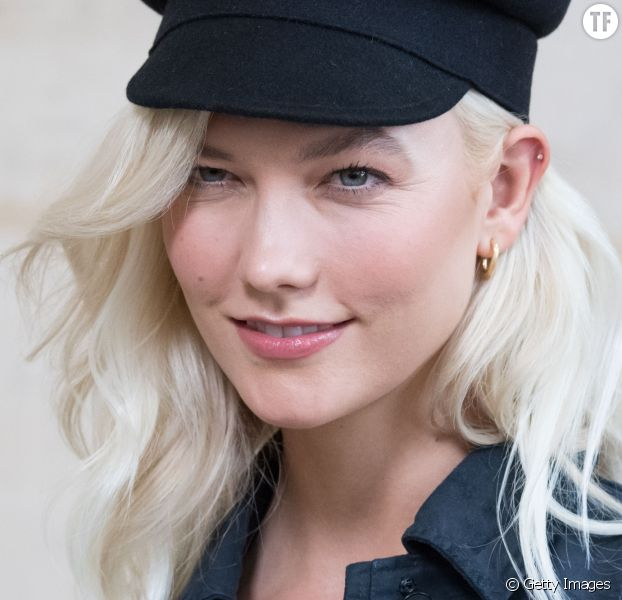 Karlie Kloss et sa coloration blond polaire