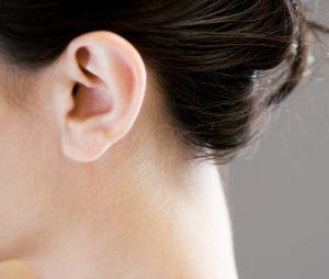 Cette femme a une maladie rare : elle n'entend plus les voix masculines