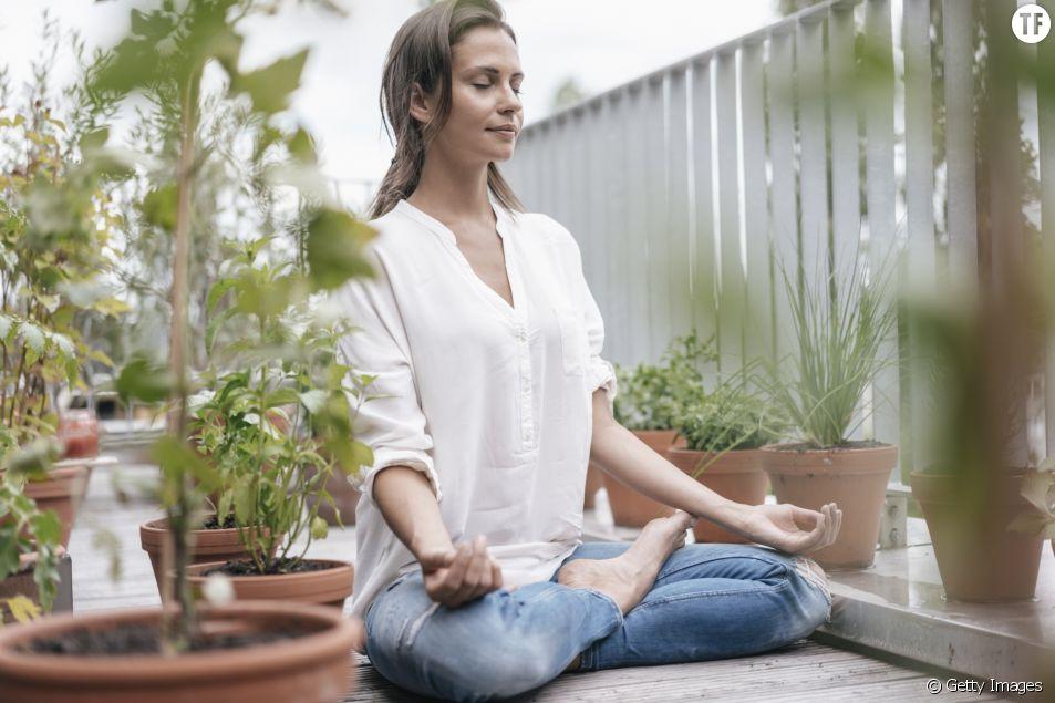 5 postures de yoga pour déstresser