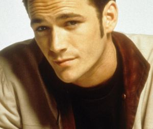 Dylan (Luke Perry) dans Beverly Hills