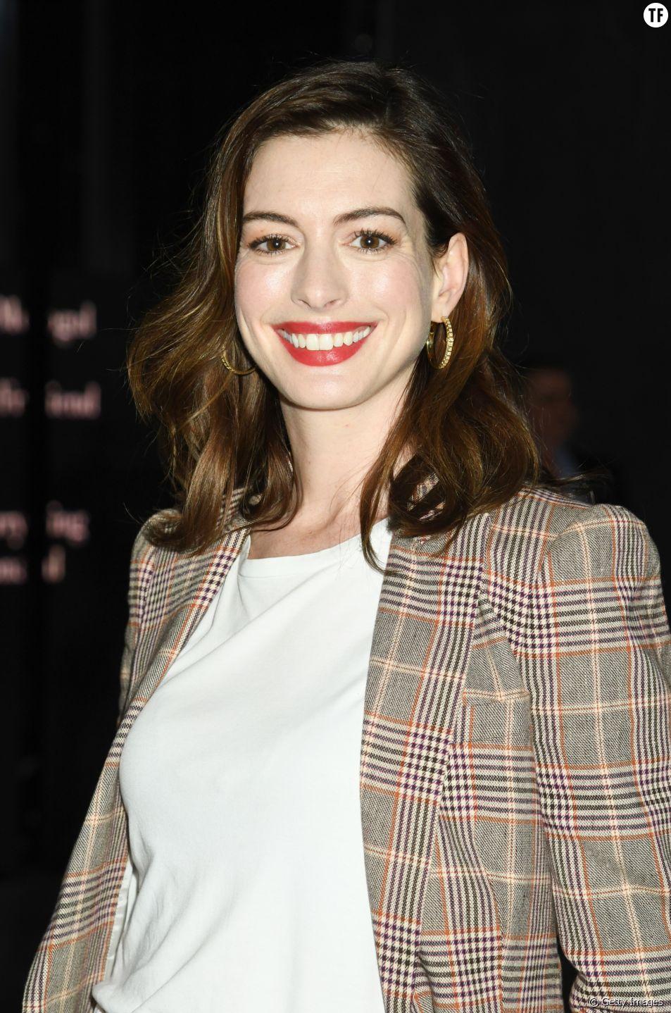 Pourquoi Anne Hathaway ne boit plus d'alcool