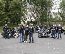 Cette bande de motards escorte les enfants victime de harcèlement