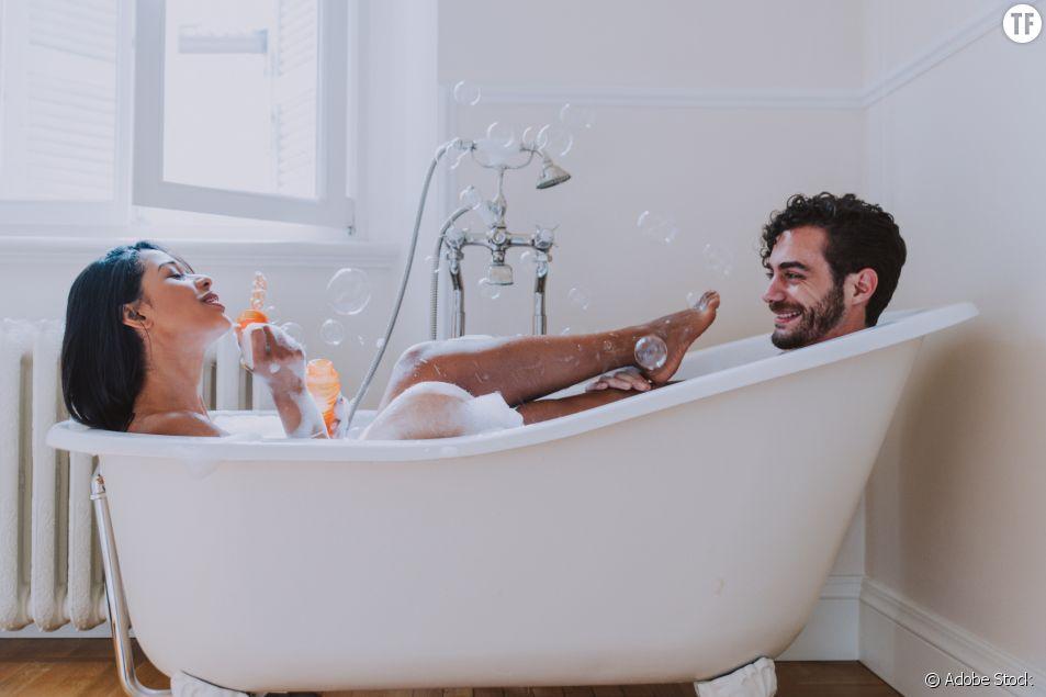 5 positions idéales pour faire l'amour dans le bain