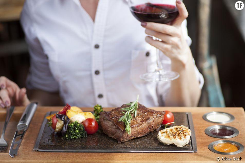 Un steak (plus petit) pour les femmes ? Ce resto britannique accusé de sexisme