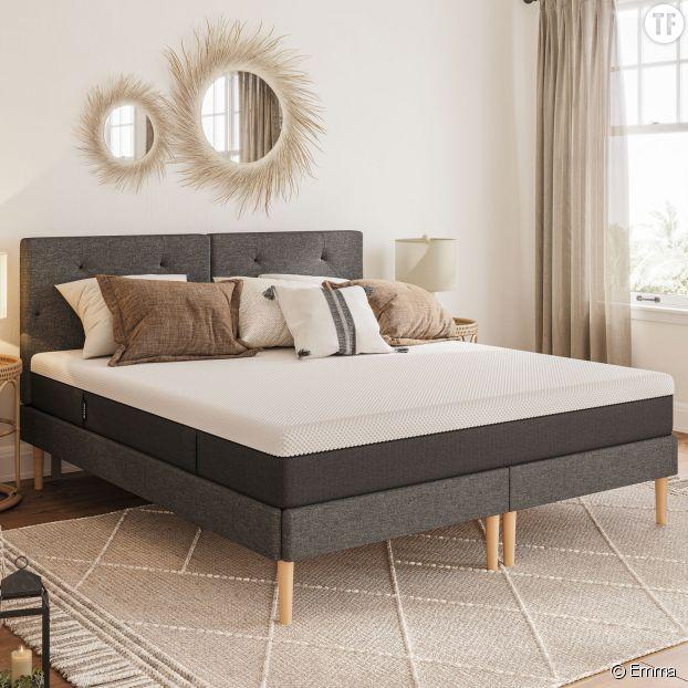 Le matelas Emma Hybride garantit confort et durabilité.
