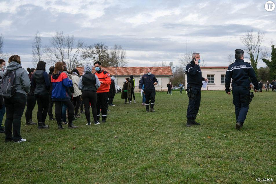 Des habitants organisent des recherches pour retrouver Delphine Jubillar le 23 décembre 2020 à Cagnac-les-Mines